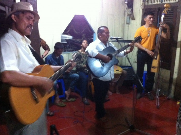 Krontjongorkest Tugu2
